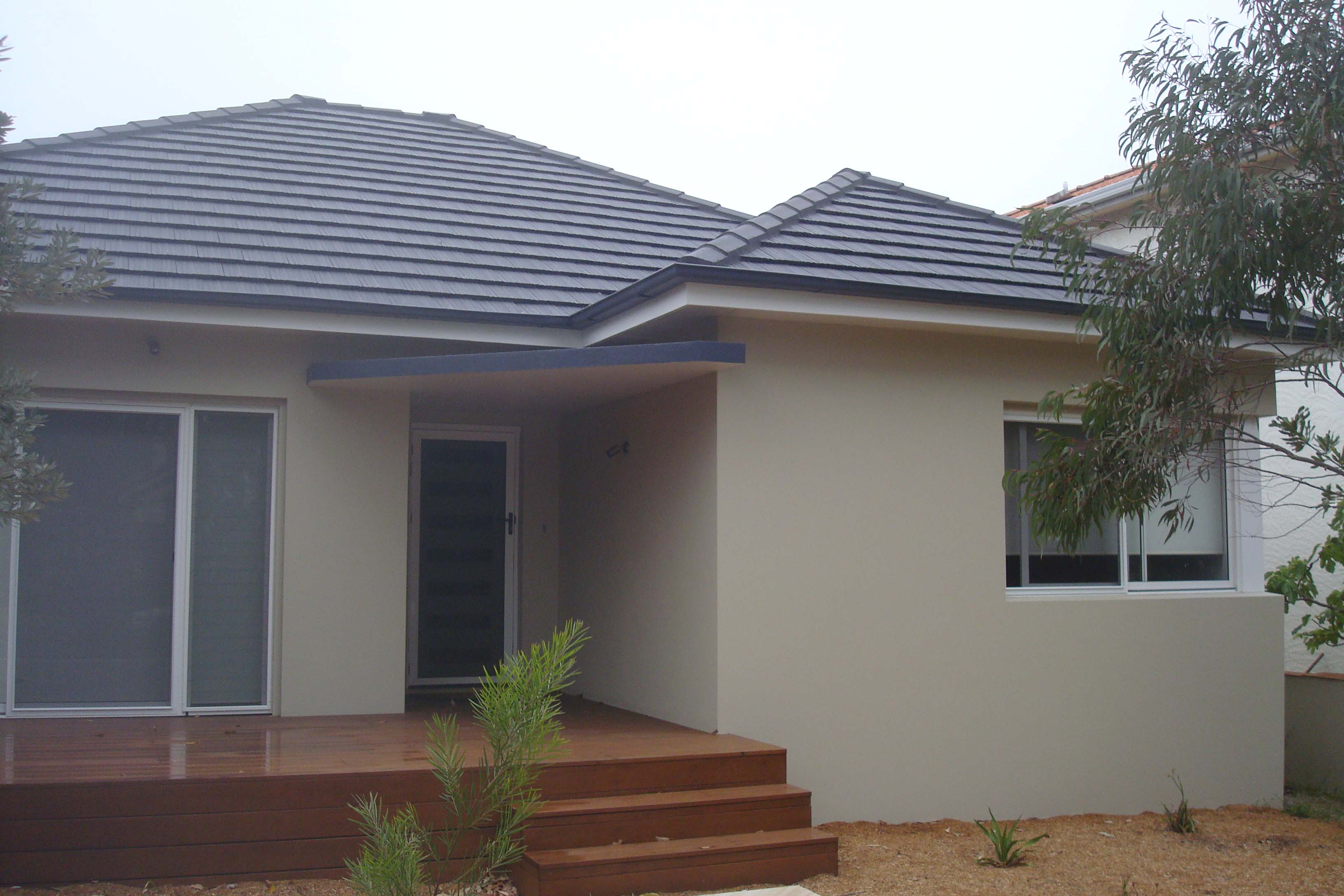 Our gallery gutter cleaning colorbond roofing sydney for Hip roof house
